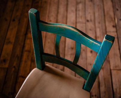 Stoli, pručke, klopi