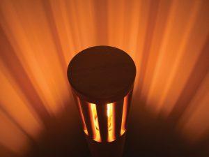 Luč v podobi stolpa - bukev