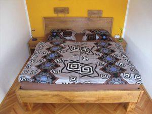Klasična postelja - hrast