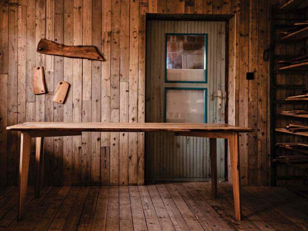 Rustikalna miza - hrast